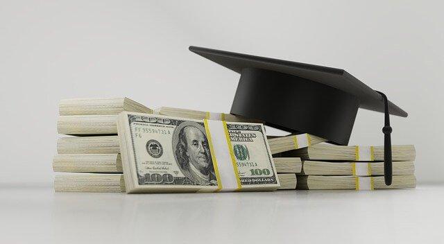Schulische Ausbildung finanzieren